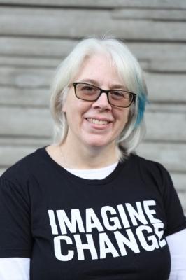 Shelley Dooley, Managing Director