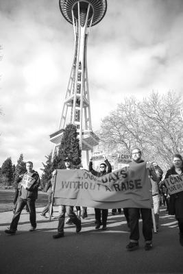Space Needle Employees protest low wages