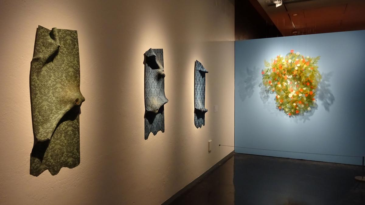 Fragile Figures: Bellevue Arts Museum displays kiln-glass artistry ...