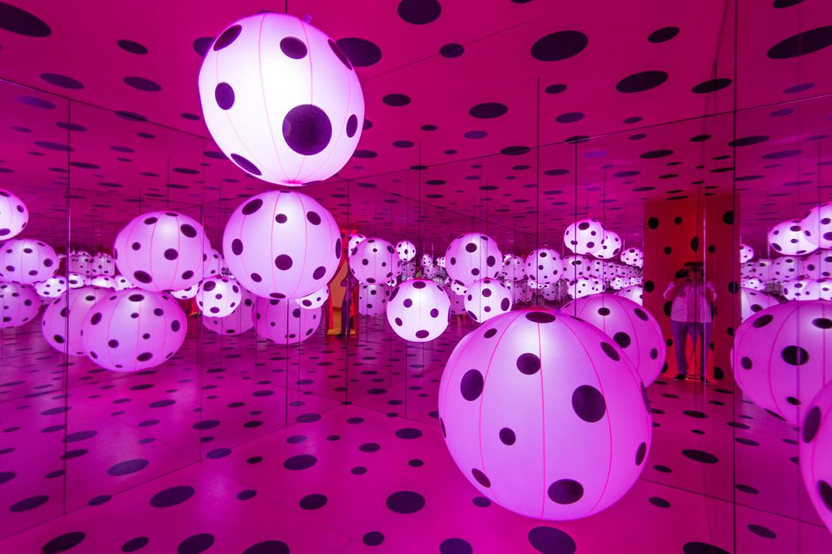 """""""Dots Obsession–Love Transformed into Dots"""" installation. Photo by Matthew S. Browning"""