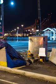 Volunteers count people who are homeless on Jan. 27, 2017. Photo by Andrew Waits
